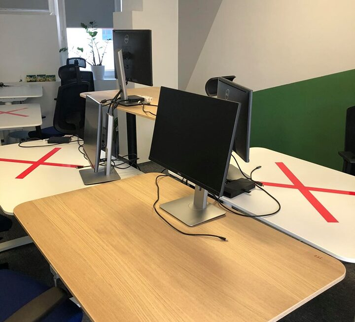"""Part of """"return to work"""" plan: Desks with markings for keeping safe distance"""